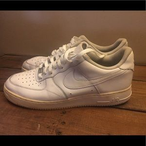 White Nike Air Force Ones Leather